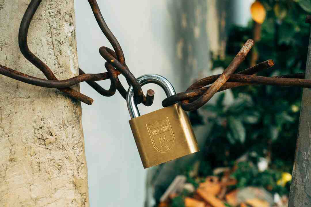 How to unlock privacy lock